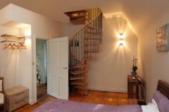 Villa Emma: toegang tot badkamer gastenkamer Acacia